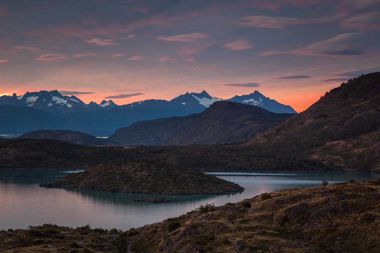 Sunrise light in Parque Nacional Torres del Paine
