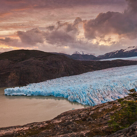 Sunset behind Glaciar Grey in Parque Nacional Torres del Paine
